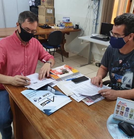 Preparatório ENEM 100% EaD tem sua Primeira parceria FIRMADA com a Escola Dr. Artur Antunes Maciel de Juína – MT